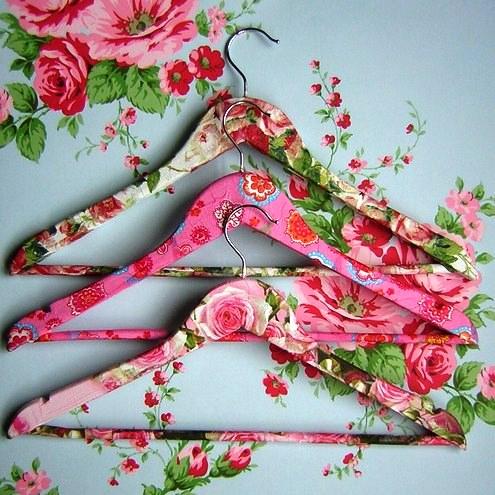 cabides decorados artesanato na rede