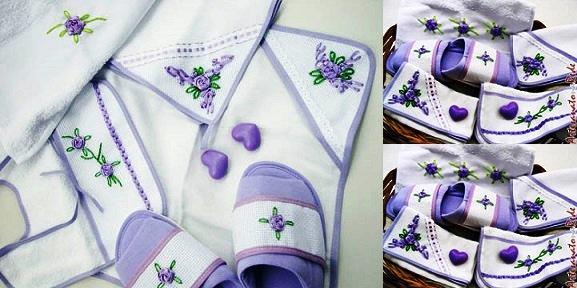 Toalha bordada florzinha de fita
