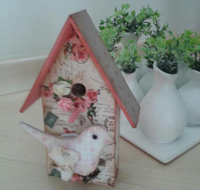 Casinha de Pássaro com Decoupage