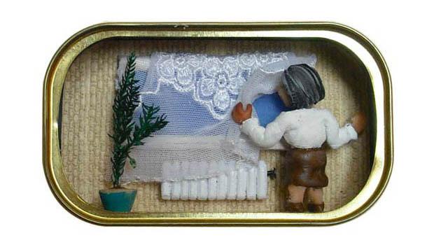 Arte na lata de sardinha – por Natalie Alony