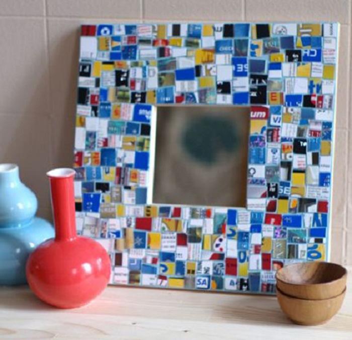Mosaico de cartões de plásticos