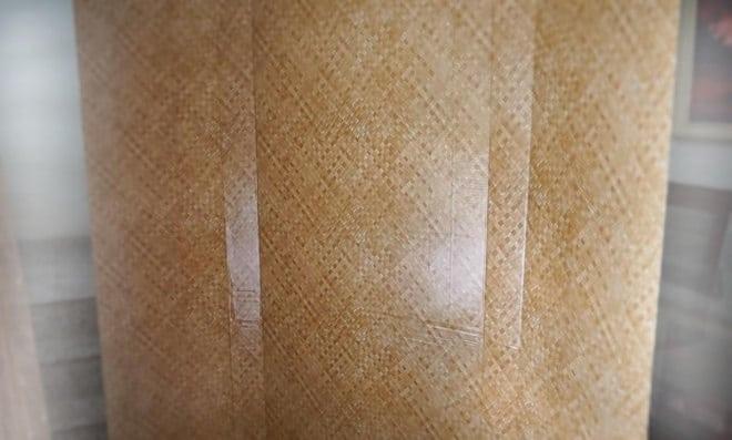 Decoração: Biombo feito de papelão e papel adesivo