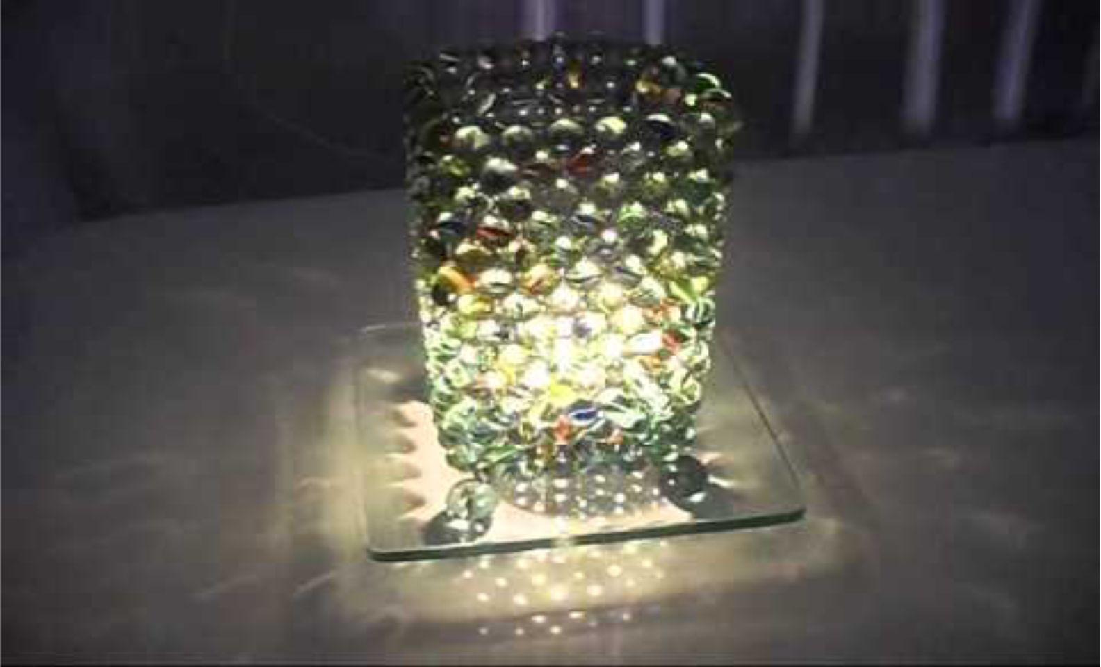 Luminária de bolinha de gude