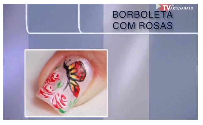 Unhas Borboleta com Rosas