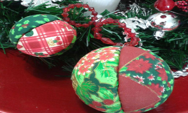 Bola de Natal Patchwork