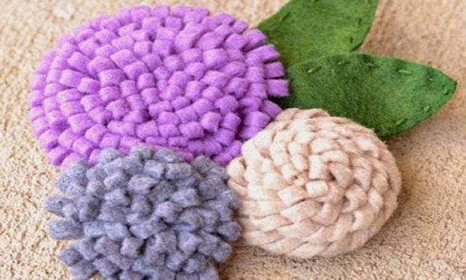 Flores de feltro diferentes