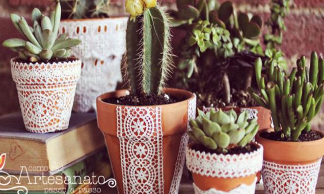 Passo a passo de Vasos decorados com rendas e babados
