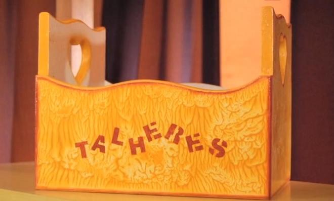 Texturas em Madeira: Relevo com Textura em acetato