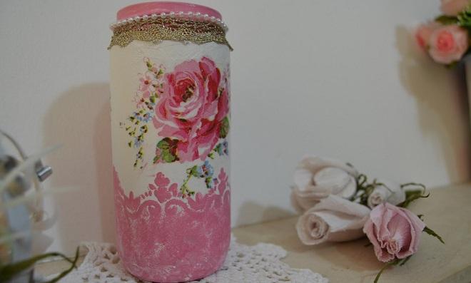 Reciclagem de frascos com decoupagem – Passo a Passo