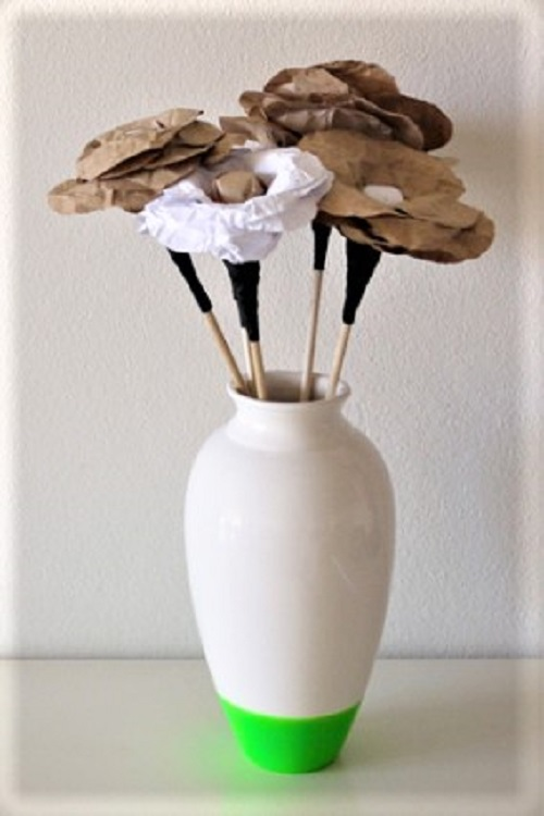Flores de papel kraft - Peça finalizada