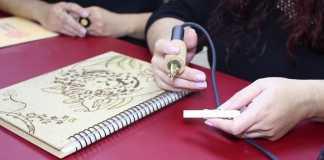 Descubra o que é pirografia e aprenda mais uma técnica!