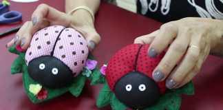 Faça e venda: Lindo agulheiro de feltro na forma de joaninha