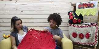 2 em 1: Tapete espiral e sousplat feitos de crochê
