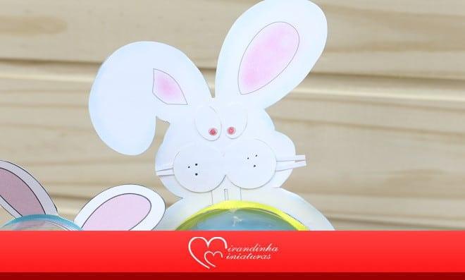 Coelhinho com bola acrílica recheada de chocolate - Detalhe do coelho