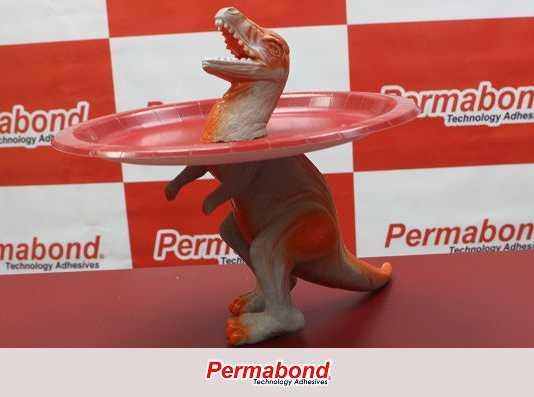 Decoração de mesa com tema de dinossauro
