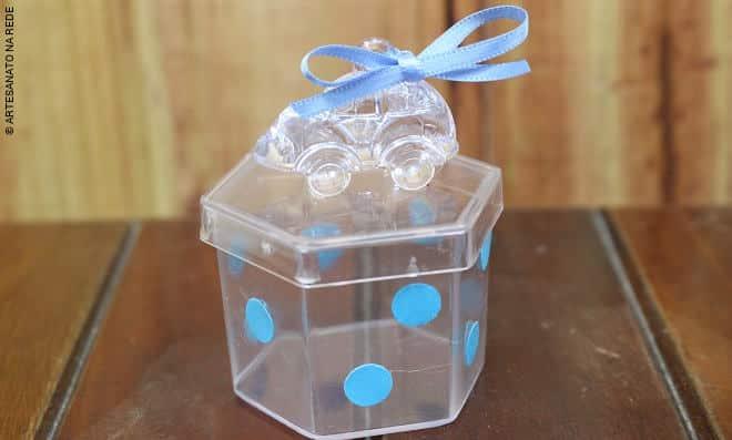 Aula rápida de acrílico: Lembrancinha de menino para chá de bebê