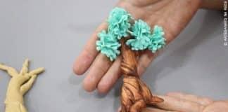 Aprenda como fazer uma árvore e folhas de biscuit - Destaque