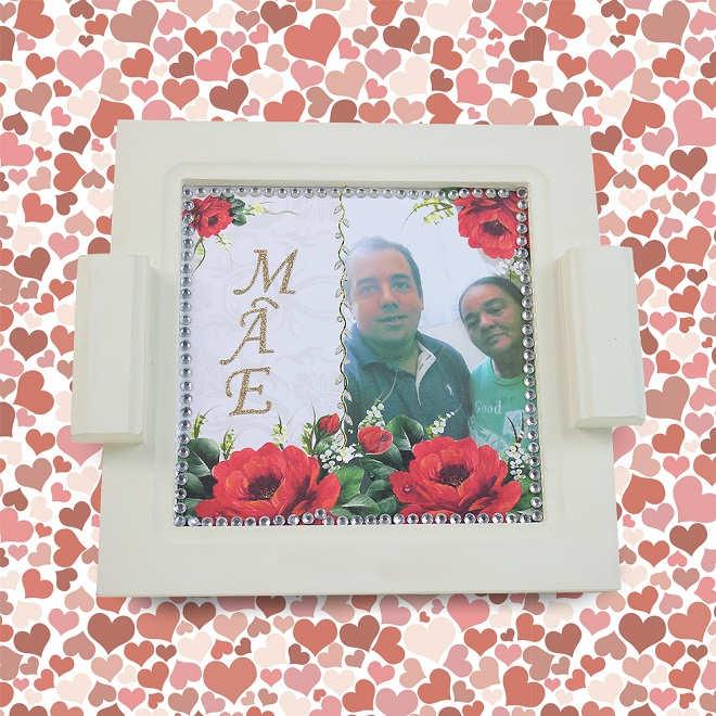 Quadro decorativo que serve como bandeja - Lembrancinha de Dia das mães - Ilustração