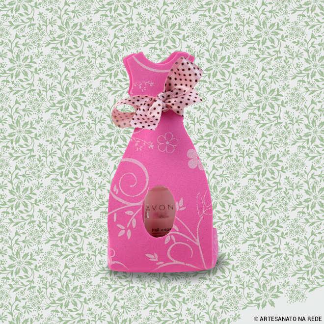 Porta esmalte/bombom em forma de vestido - Lembrancinha de EVA - Detalhe
