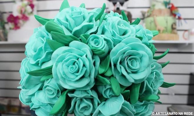 Inspiração: topiaria com flores de EVA e isopor