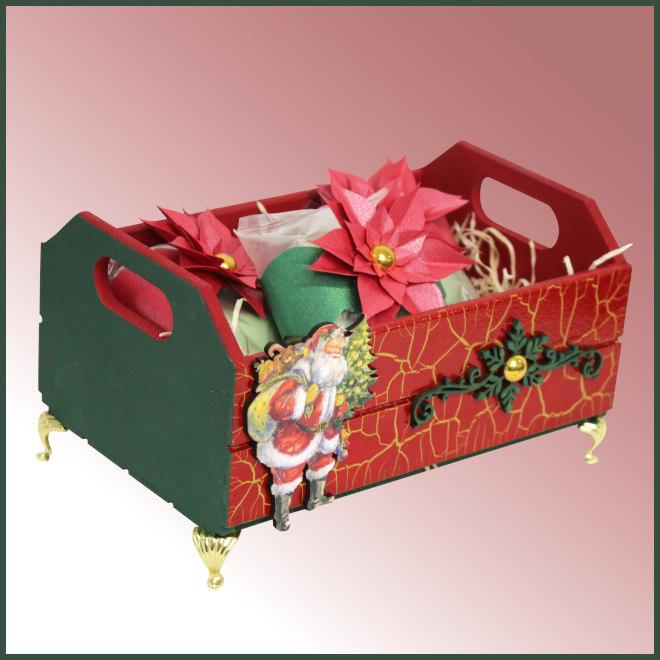 Caixote com efeito craquelado e decoração natalina - Detalhe da peça