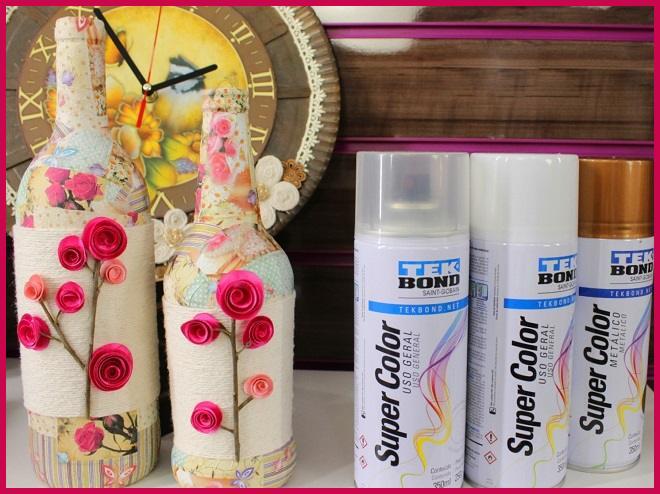 Garrafa decorada com papel, cetim e cordão - Découpage em vidro e reciclagem - Detalhe