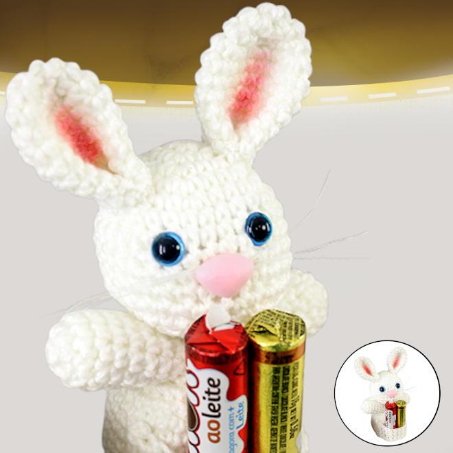 Coelha amigurumi para lembrancinha de páscoa - Detalhe